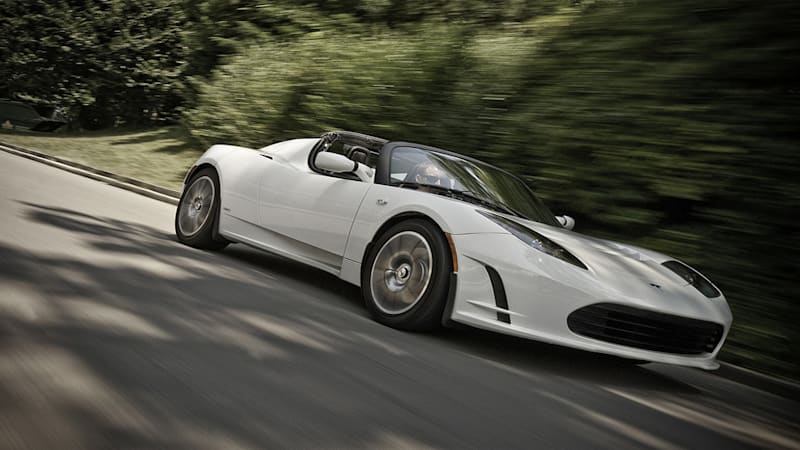 Tesla Roadster battery pack replacement will cost $29 000