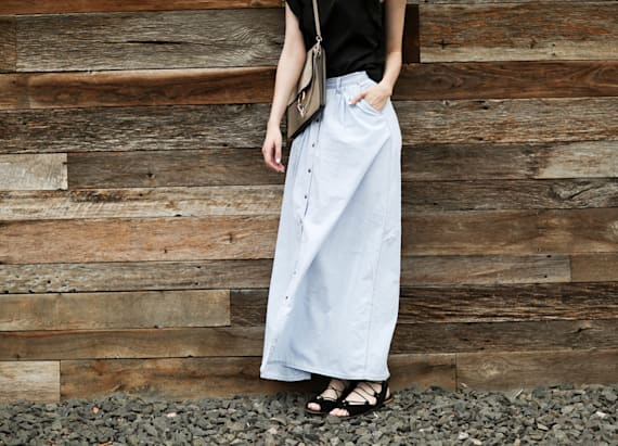 Tips for styling a maxi skirt