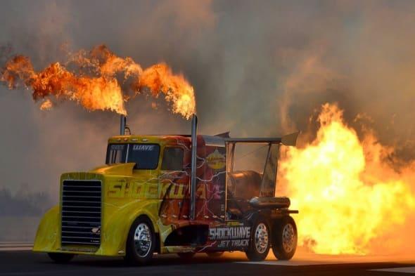 shockwave, stärkster LKW der welt, biggest truck, -Rennen, Truck, Race, TRuck race, quartermile,  Guinness Rekord,  Guinness Weltrekord,  Guinness Records, fastest truck,