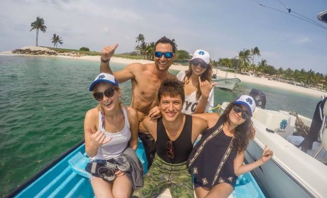 Jennifer Lawrence spearfishing Mexico