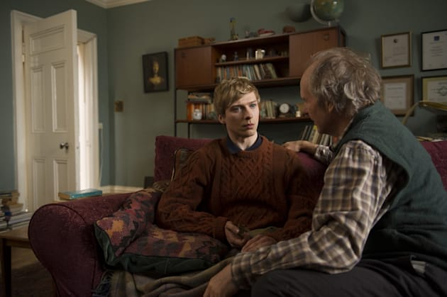 Will Tudor as Odi and William Hurt as George  - Humans _ Season 1, Episode 6 - Photo Credit: Des Willie/Kudos/AMC/C4