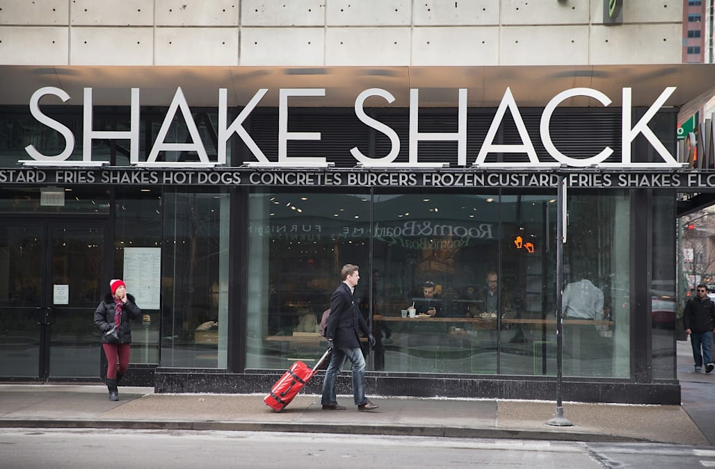 Shake Shack unveils new menu offerings - AOL Finance