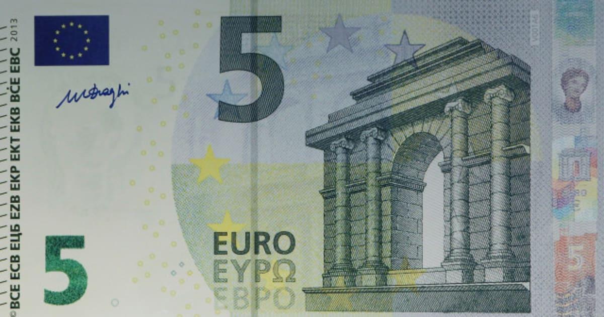 photo le nouveau billet de 5 euros est arriv. Black Bedroom Furniture Sets. Home Design Ideas