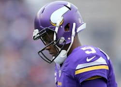 With Bridgewater out, who will start for Minnesota?