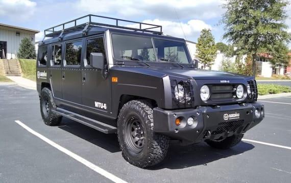 ドン・パノスのGreen4Uが、6枚ドアの電動SUVを発表! 巨大な車体でも航続距離は約370km