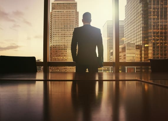 Highest paid CEOs run poorest performing companies