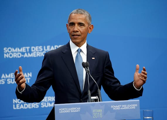 Obama answers awkward Trump question for leader