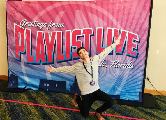 Social star gives personal look at Playlist live