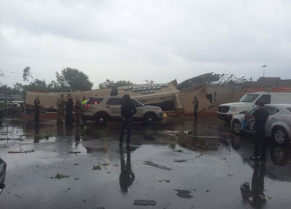 'Extremely dangerous' tornado near Indianapolis