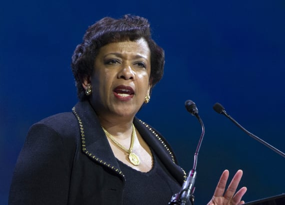 Bill Clinton, Loretta Lynch hold unusual meeting
