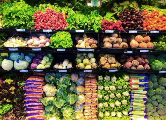 Food poisioning expert reveals staple he'd never eat