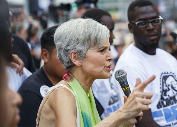 Sanders fans start to migrate online to Jill Stein