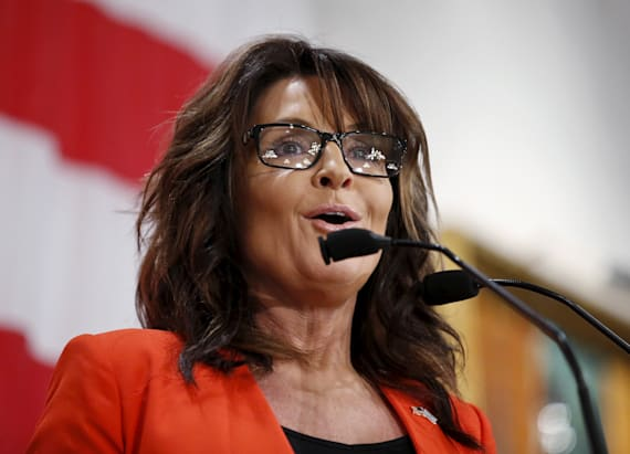 Sarah Palin uses bloody gash to take shot at Clinton