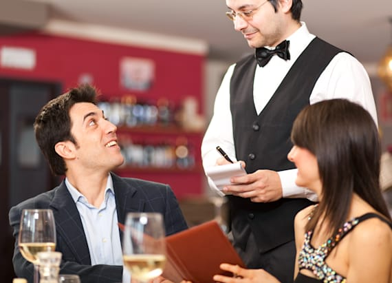 11 tricks restaurants use to make you spend more