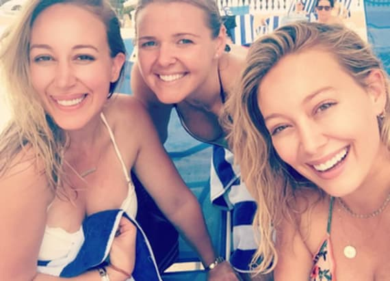 Hilary and Haylie Duff pose in bikinis