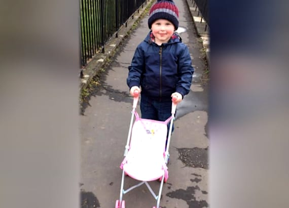 Mom livid over stranger's demand to her 3-year-old