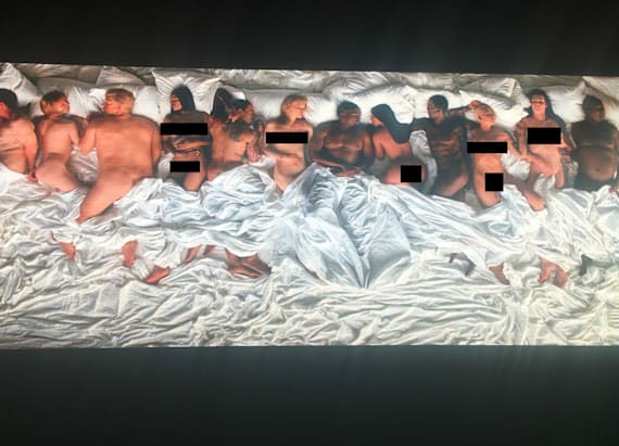 Naked T.Swift appears in Kanye West's music video