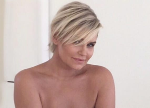 Yolanda Hadid returns to modeling -- See the pic!