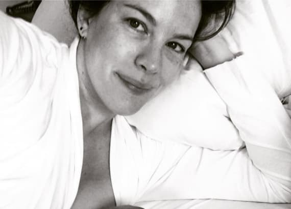 Liv Tyler shares sweet breastfeeding photo