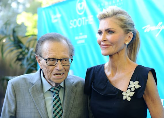 Affair rumors swirl around Larry King and wife