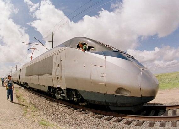 Five killed in Colorado Amtrak train-car crash