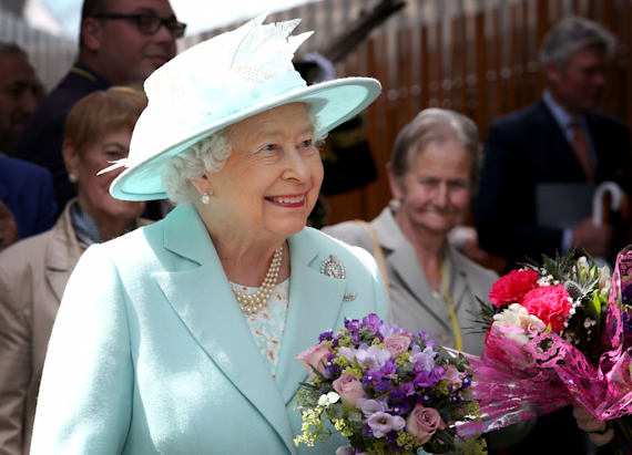Writer: Queen Elizabeth would have voted for Brexit