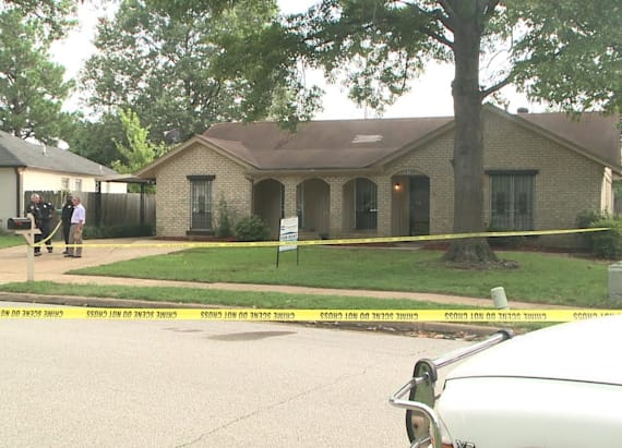 Police: House hunters make gruesome discovery