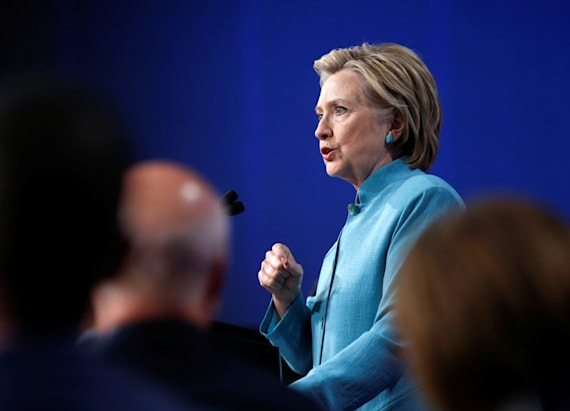 Clinton writes goodbye letter to feminist site