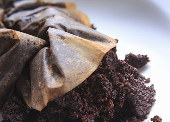 10 clever ways to put old coffee grounds to good use