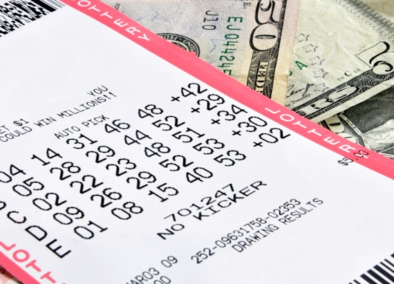 Man cashing in lottery ticket arrested for stealing