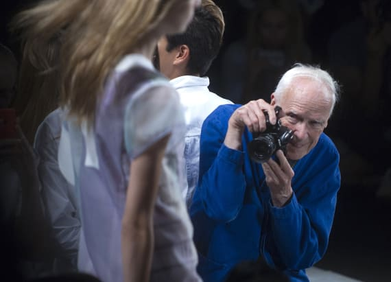 Iconic NYT fashion photographer dies at 87