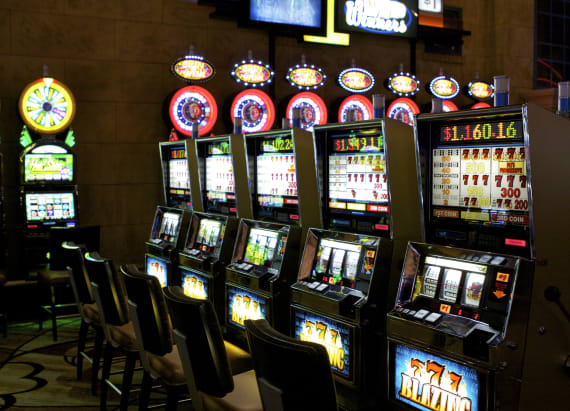 Hawaiian women wins $10.7M on penny slot machine