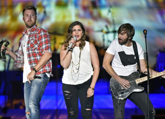 Entertainment news latest headlines from aol for Lady antebellum miscarriage how far along