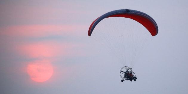 Paraglider Falls To Death In Tamil Nadu, Descent Captured On Video