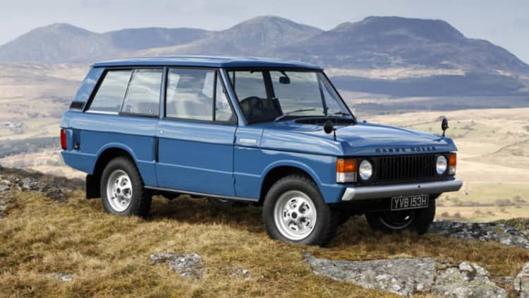 Land Rover Heritage division will keep old off-roaders on it