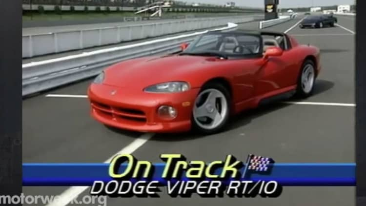 MotorWeek revisits the awesome, original Dodge Viper