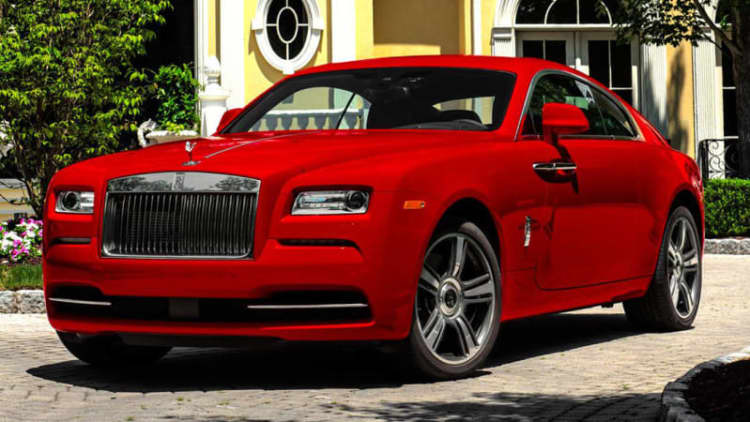 Rolls-Royce Wraith looks rad in red [UPDATE]