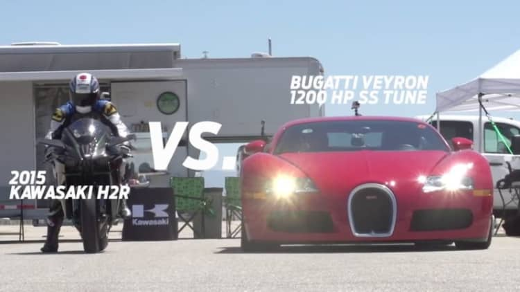 Kawasaki H2R races Bugatti Veyron, MP4-12C, and 1,350-hp GT-R