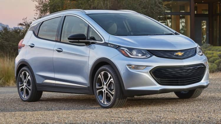 Lyft drivers will be among the first to get Chevy Bolt EVs