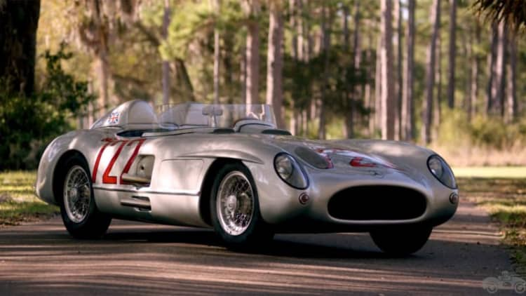 Petrolicious relives history with Stirling Moss and his Mercedes SLR