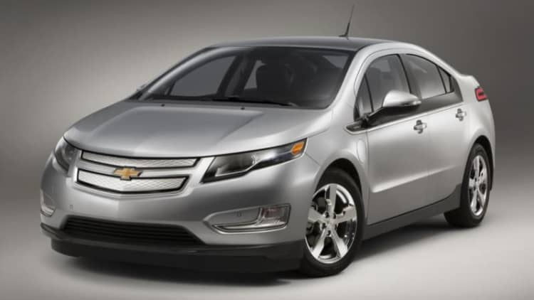 There are still 6,000 first-gen Chevy Volts on dealer lots
