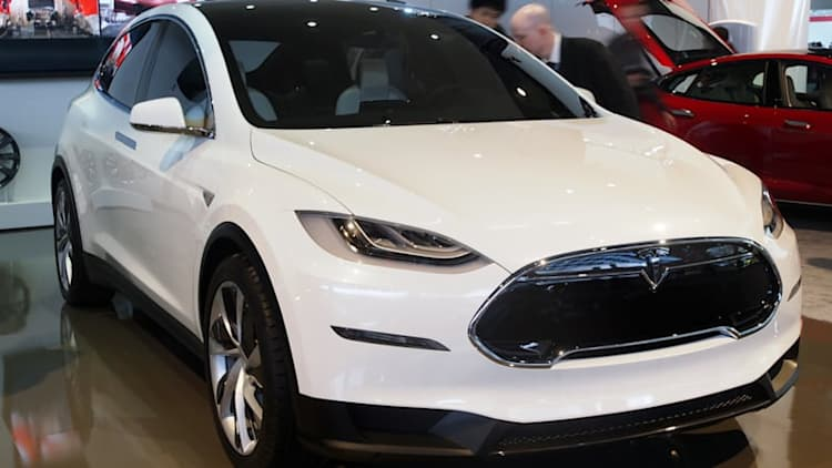 Elon Musk confirms September 29 delivery for first Model X EVs