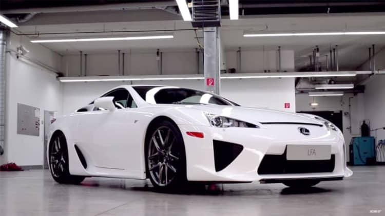 Xcar gets Lexus LFA serviced at TMG