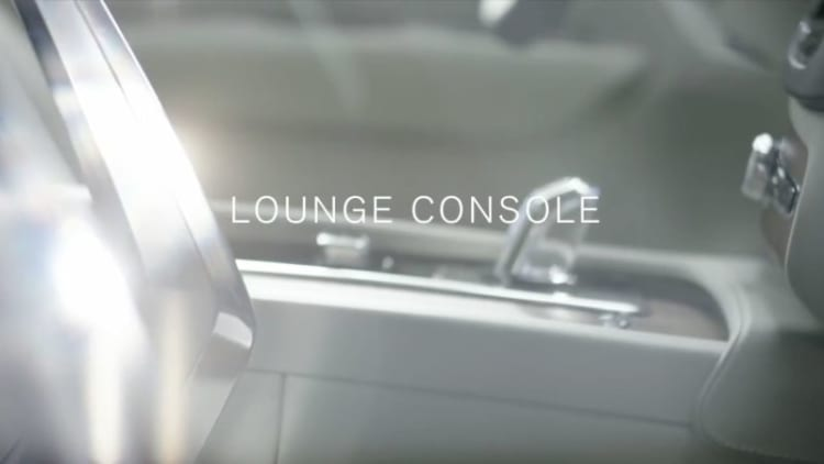 Volvo teases still more luxurious XC90 for Shanghai