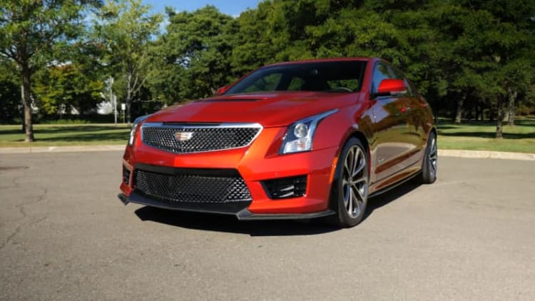2016 Cadillac ATS-V Sedan Beauty-Roll