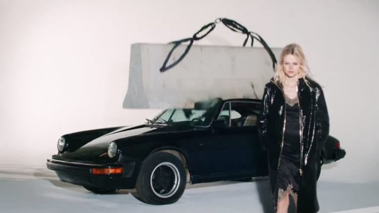 Vintage 911 sacrificed in the name of fashion