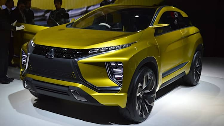 Mitsubishi's crossover plan: New model coming to Geneva, Outlander PHEV finally on the way