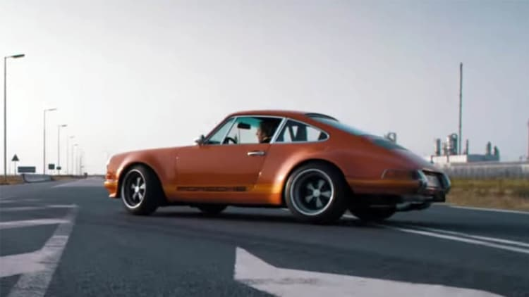 Lightspeed Classic 911 rocks out with its sprockets out
