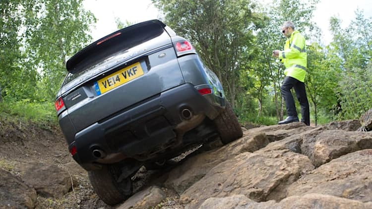 Range Rover Sport goes off-road by remote control