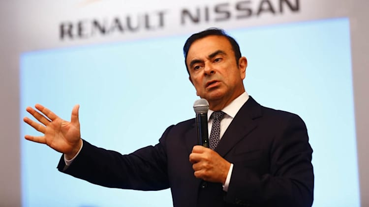 Carlos Ghosn projects Renault-Nissan for #3 position by 2018